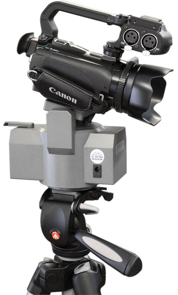 Motorová hlava Soligor s kamerou Canon XA10