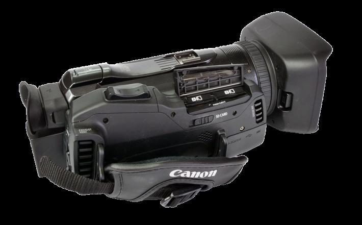 Videokamera Canon Legria GX10 zprava, SD-sloty
