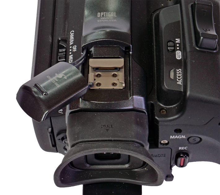Videokamera Canon GX10: detail botičky a ovládání